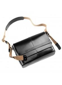 Kožená brašna BROOKS Barbican Hard Leather černá